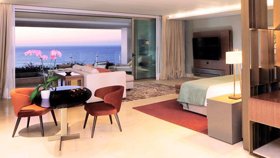 Grand Class Suite