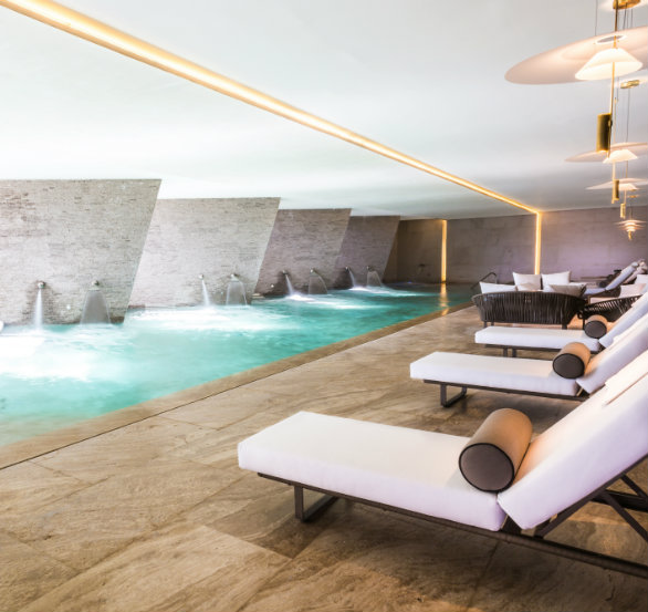 Luxury spa resort in los cabos grand velas los cabos for Health spa vacations for couples