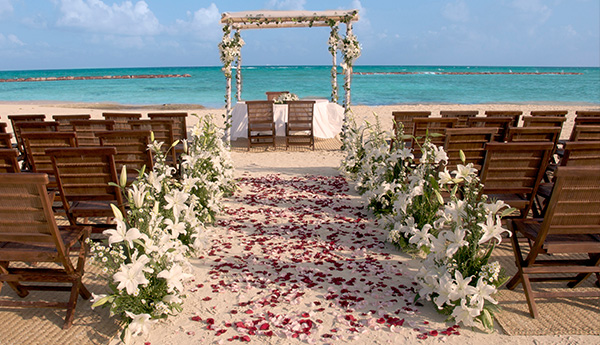 Truly Yours Wedding Package in Los Cabos Resort